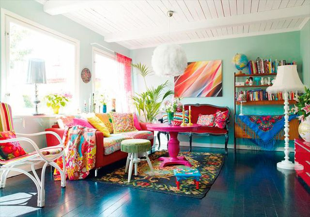 Pretty Little World Loving Now Bright Interiors
